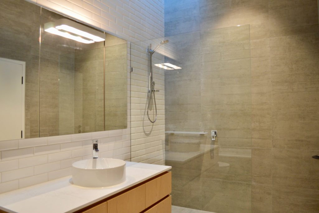 WVrd-bathroom-1-1024x683